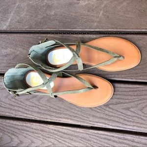 Open toe sandals G by Guess